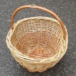 Košík proutěný malý - světlý